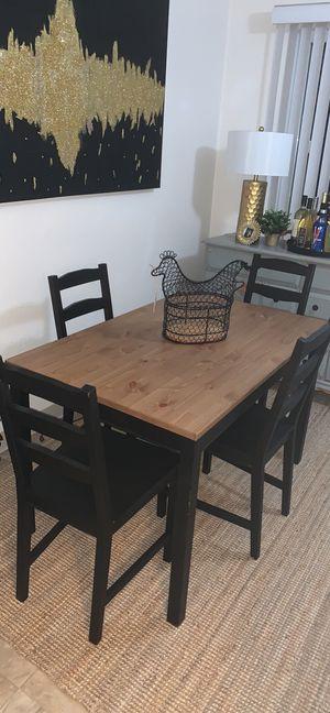 4 black chairs for Sale in Chula Vista, CA
