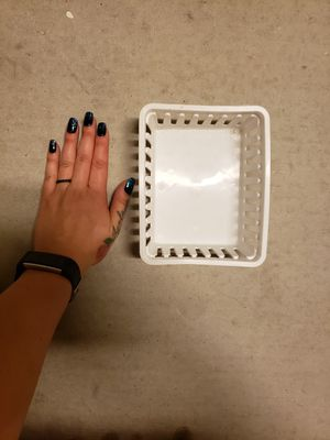 FREE small white storage baskets for Sale in Yuma, AZ
