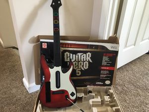Wii Guitar Hero 5 Guitar AND Game for Sale in Natrona Heights, PA
