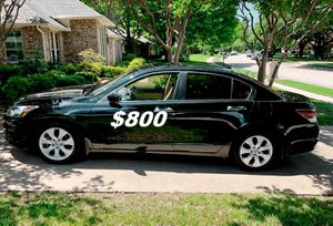 $8OO I'm selling 2OO9 Honda Accord Sedan V6!! for Sale in Madison, WI