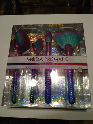 Brand New Moda Prismatic PRO Make-up Brushes for Sale in Mableton, GA