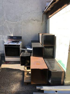 FREE SCRAP METAL for Sale in Bridgeport, CT