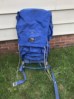 """Shoshone hiking/camping backpack""""Lightweight""""(retail$119) for Sale in Cleveland, OH"""