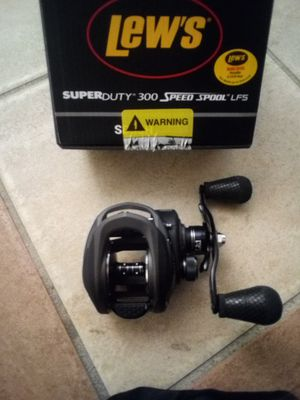 Lew's baitcaster fishing reel for Sale in Portland, OR