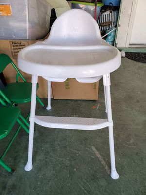 Kids High chair for Sale in Henderson, NV