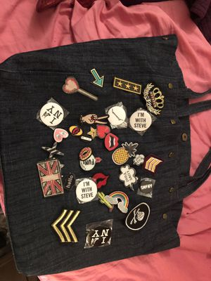 Steve Madden bag w patches and pins for Sale in Germantown, MD
