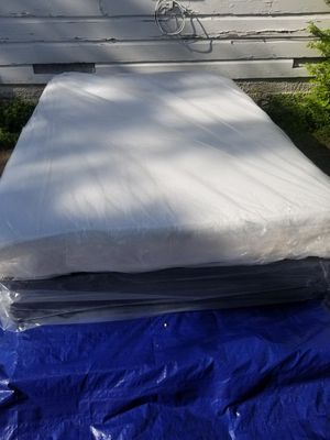 FULL SIZE MATTRESS N BOX SPRING MEMORY FOAM for Sale in Dallas, TX