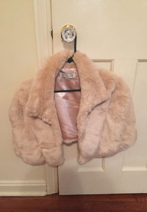 Baby pink faux fur shawl for Sale in Lakewood, OH