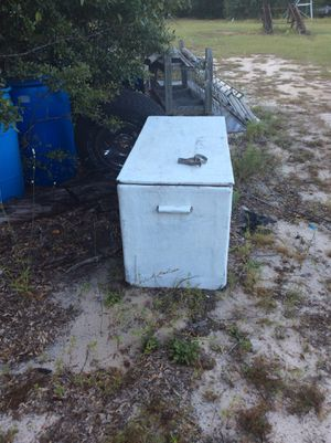 Boat Ice chast for Sale in Adrian, GA
