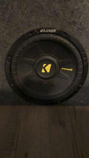Pioneer 760w amp and 2 x10inch kickers comp subwoofers for Sale in Vista, CA