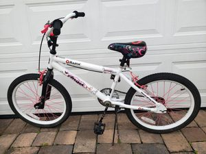 Girls youth 16 inch bike. Barely used. for Sale in Orlando, FL