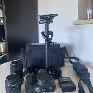 NEW CANON 7D + LENSE & STABLIZER for Sale in Union City, CA