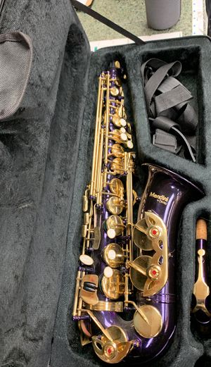 Mendini saxophone for Sale in Garfield Heights, OH