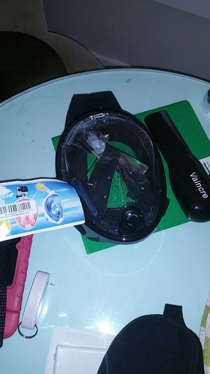 Snorkel mask for youth or women for Sale in Tampa, FL
