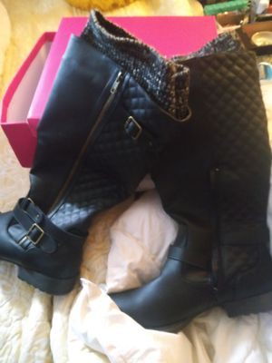 Size 10 boots womens for Sale in Pinellas Park, FL