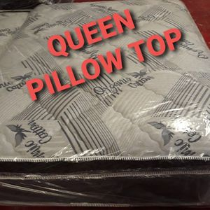 QUEEN PILLOW TOP MATTRESS AND BOX SPRINGS for Sale in Fresno, CA