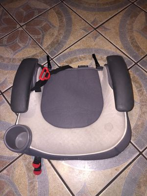 Graco Affix booster seat with latches for Sale in Phoenix, AZ