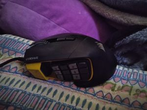 $30 CORSAIR Scimitar Pro RGB - MMO Gaming Mouse - 16,000 DPI Optical Sensor - 12 Programmable Side Buttons for Sale in Broken Arrow, OK