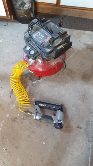 Air compressor w/nail gun for Sale in Dearborn, MI