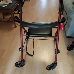 Walker With Seat for Sale in Hobe Sound, FL