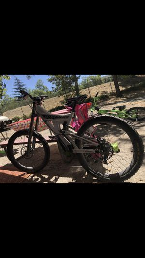 INTENSE M3 MOUNTAIN BIKE for Sale in Banning, CA
