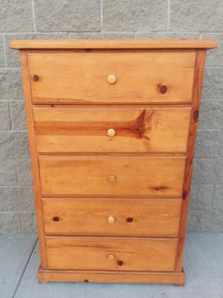 WOODEN DRESSER for Sale in Whittier,  CA