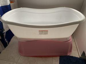 Baby bathtub for Sale in Dallas, TX