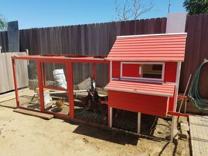 Chicken Coop - $500 WITH CHICKENS for Sale in Chula Vista, CA
