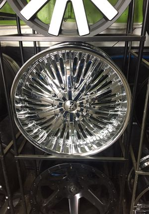 22 inch chrome rims for Sale in Gresham, OR