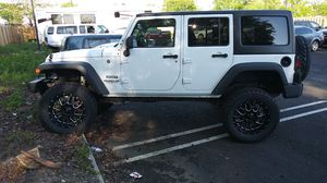 2016 jeep wrangler unlimited mint condition for Sale in Old Bridge, NJ
