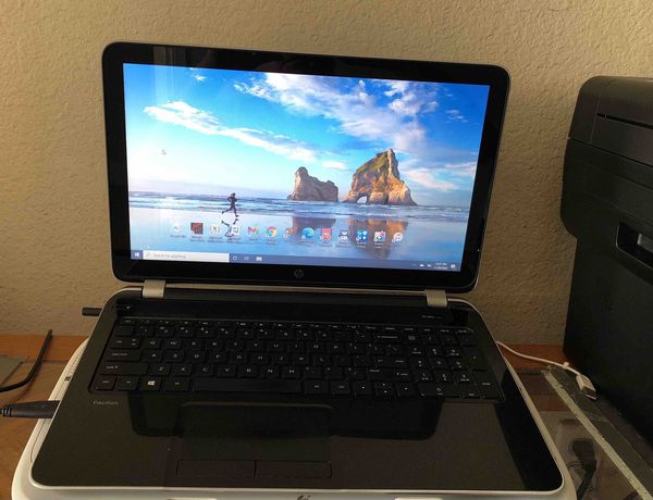 HP Pavilion TouchScreen Laptop 15-N071NR Notebook PC