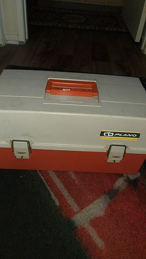 Piano fishing tacklebox vintage model 7620 for Sale in Los Angeles, CA