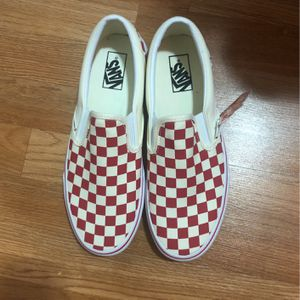 Red and white checkered vans for Sale in Fort Washington, MD