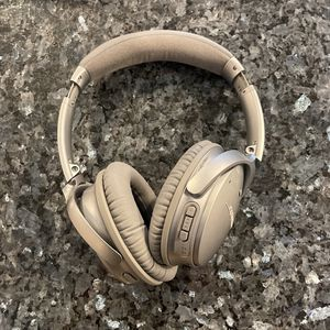 Bose Headphones Great Deal for Sale in Brooklyn, NY