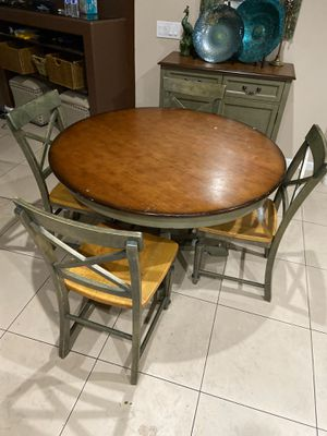 Pier one import table chairs, cabinet, mirror, wall decor for Sale in Hesperia, CA