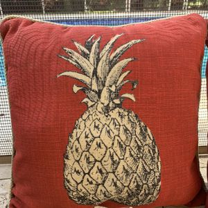 3 Pineapple Pool Side Pillows. for Sale in Pompano Beach, FL