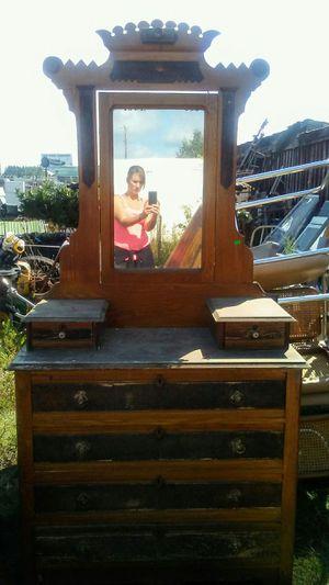 Antique dresser w/ mirror for Sale in Backus, MN