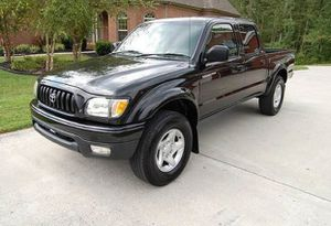 Immaculatee 2001 Toyota Tacoma 4WDWheelsss for Sale in Washington, DC