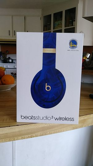 Beats studio3 wireless GOLDEN STATE WARRIORS for Sale in Carson, CA