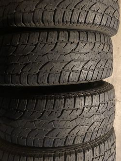 Set Of 4 Uses Tires All Terrain P245/65R17 80% for Sale in Milwaukie,  OR
