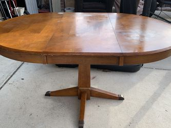 Dining Table for Sale in Pflugerville,  TX