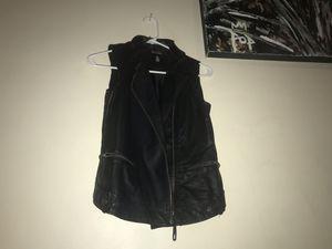 Black vest for Sale in East Point, GA