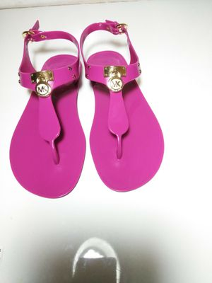 Michael Kors Sandals NEW Sz 7M for Sale in Hazelwood, MO