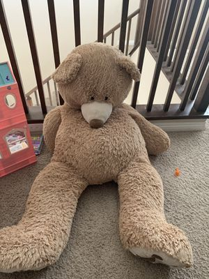 Large stuffed animal for Sale in Henderson, NV
