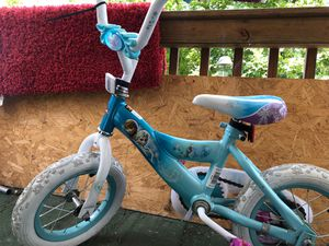 """Frozen"" small huffy bike for Sale in Williamsport, PA"