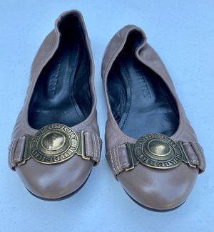 Like New! Burberry Leather Ballet Flats for Sale in Indio, CA