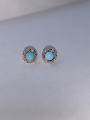 14K Yellow Gold Blue Stud Earrings with Diamonds for Sale in Auburn, WA