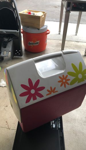 Igloo Playmate hard cooler for Sale in Morrison, CO