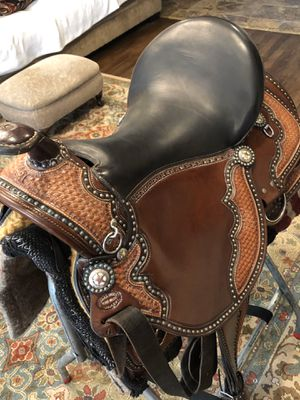 Saddle for Sale in Middleburg Heights, OH