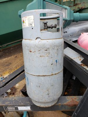 Empty propane thank for forklift for Sale in Downers Grove, IL